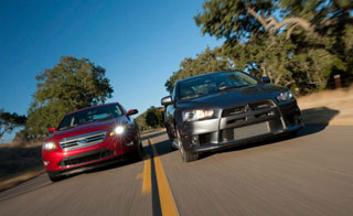 Ford Taurus SHO 2010 против Mitsubishi Lancer Evolution MR Touring 2010