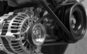 Автомобильные детали и запчасти: причины поломок клиновых ремней