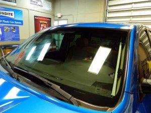 Как привести в порядок стекла своего автомобиля?