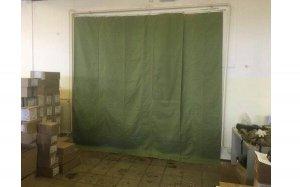 Использование брезентовых штор в гараже